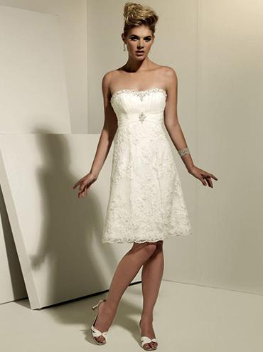 f6f48edc5cfc Krátké bílé krajkové svatební šaty BE106