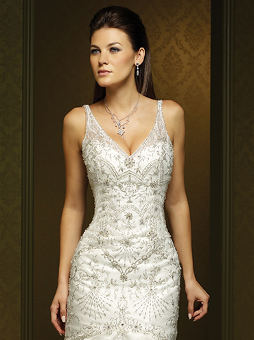 ... svatební šaty bohatě vyšívané svatební šaty na ramínka s v